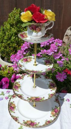 Quirky Vintage 4 tier Royal Albert Old Country Roses mad hatter cake stand in Pottery, Porcelain & Glass, Porcelain/China, Royal…