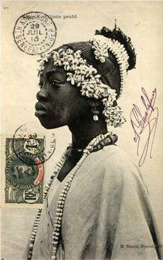 "Africa | ""Young Fulani Girl.  Sudan"" | Vintage Postcard; Photographer M. Simon, Djenne (?), date unknown."