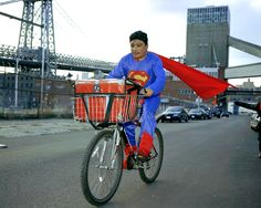 Dulce Pinzón, Superman, NOE REYES from the State of Puebla works as a delivery boy in Brooklyn New York. He sends 500 dollars a week,