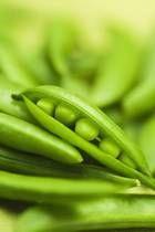 Raw Food Fresh Pea Mole Recipe