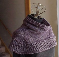 Ravelry: Soft Shoulder Cowl / Shawl pattern by Kris Basta - Kriskrafter, LLC Poncho Knitting Patterns, Knitting Yarn, Knit Patterns, Free Knitting, Finger Knitting, Knitting Tutorials, Knitting Machine, Knitted Cape, Knit Cowl
