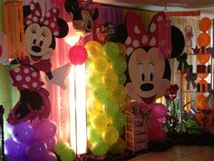 Minnie boutique decoration Minnie Mouse Theme, Mickey Mouse, Birthday Ideas, Birthday Parties, Boutique Decor, Party Ideas, Decoration, Disney Characters, Event Organization