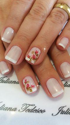 Floral nails Floral Nail Art, Nail Art Diy, Diy Nails, Mexican Nails, Nail Arts, Vintage Floral, Pretty Nails, Hair And Nails, Nail Designs
