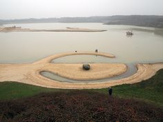 'Broken Circle' ('Land Art')  by Robert Smithson in Emmen, Holland