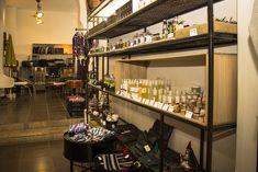 Le concept store Max&Jan offre à ses visiteurs des produits cosmétiques de bonne qualité. Le magasin est situé au cœur de la Médina de Marrakech. . . . #Max&Jan #Conceptstore #Marrakech #Galerie #Cosmétique Stores, Marrakech, African, Concept, Unique, Home Decor, Store, Products, Decoration Home