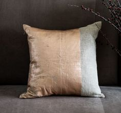 rose_gold_foil_cushion_new_cp