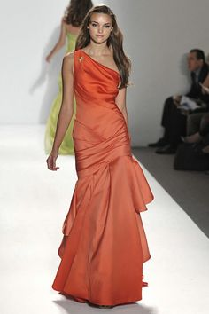 Pamella Roland 2010