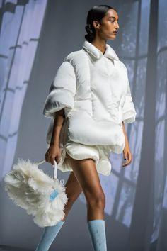 Live Fashion, Fashion 2020, Fashion Show, Fashion Outfits, Fashion Design, Cool Street Fashion, Street Chic, Spring Summer Fashion, Autumn Winter Fashion