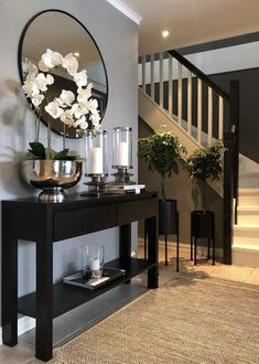 Tips foyer and diy entryway decorating and ideas . Tips foyer and diy entryway decorating and ideas Home Living Room, Living Room Designs, Living Room Decor, Hallway Inspiration, Home Decor Inspiration, Decor Ideas, Entryway Ideas, Hallway Ideas, Room Ideas