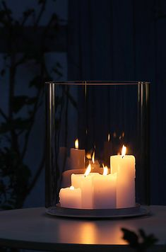 Uplift the vibe of your place by adding various candles and Lanterns . Candle holders are practical accessories which. Wooden Lanterns, Candle Lanterns, Fairy Lights, Tea Lights, Verre Design, Glass Candle Holders, Candle Making, Decoration, Home Decor