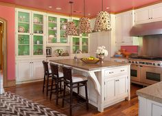 love the colors in this kitchen