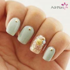 Sea shells nails !