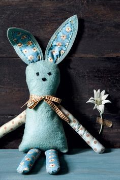 How to sew a felt & fabric bunny - free pattern from Country Style magazine