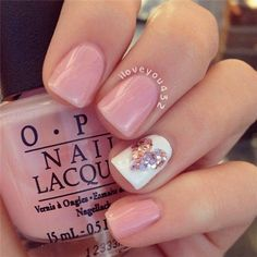 simple nail art design | 2017 | OPI | pink | acrylic | gel polish | glitter