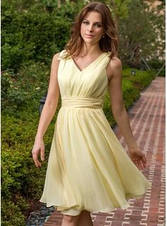 A-Line/Princess V-neck Knee-Length Chiffon Bridesmaid Dress With Ruffle (007027162) - JJsHouse | in grape
