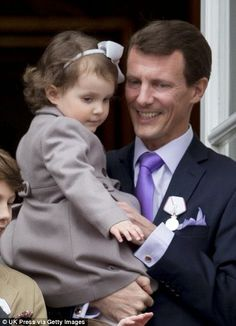 Danish Queen celebrates 75th birthday from Amalienborg Balcony