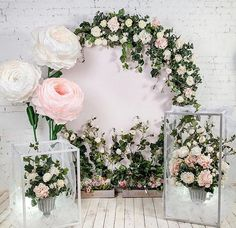 Wedding Backdrop Design, Diy Backdrop, Wedding Decorations, Decor Wedding, Paper Flower Wall, Flower Wall Decor, Giant Paper Flowers, Backdrops For Parties, Event Decor