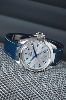 OMEGA Seamaster Aqua Terra 220.12.41.21.06.001 150M Co-Axial Master Chronometer 41mm – Grey Dial/Rubber Strap The new Seamaster Aqua Terra Gent's Collection. #omega #omegawatches #watch #rubber strap #blue #watches #omegaseamaster #seamaster #omegaaquaterra #aquaterra #masterchronometer #watchmaking #design #lifestyle #luxury #watchfam #watchoftheday #baselworld #basel#omegaseamaster #omegaaquaterra #watchfam #watchgeek