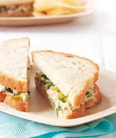 Pickled Tuna-Salad Sandwiches Mix a finely chopped hard-boiled egg with tuna and pickle relish to jazz up a childhood favorite. Salad Sandwich, Tuna Salad, Soup And Sandwich, Sandwich Recipes, Egg Salad, Salad Recipes, School Lunch Recipes, Lunch Snacks, Kid Lunches