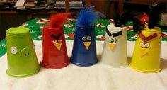 Lavoretto con bicchieri di plastica: gli angry birds
