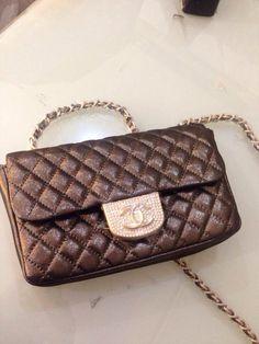 Chanel on sale item   wechat : alwaysclassy  E-mail : 2653764383@qq.com