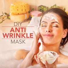 Try this DIY Anti-Wrinkle Mask with only 2 ingredients for natural and effective skin care! #DIY #antiwrinkle #mask #beauty