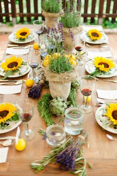 Olivengrün und zitronengelbe Hochzeitsinspiration von Jeanie Micheel Photography