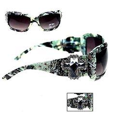 048387e670 Amazon.com  Montana West Camo Cross Concho Sunglasses with Case (Green