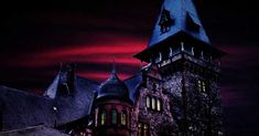 Howl-O-Scream at Busch Gardens - September 20 - November 2019 in Tampa Bay, FL Writing Prompts Poetry, Picture Writing Prompts, Halloween Writing Prompts, Busch Gardens Tampa Bay, Florida Theme Parks, Horror House, Halloween Haunted Houses, Hair Raising, Sea World