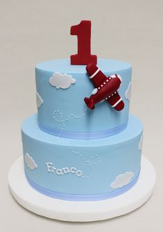 Cake with a picture of my garden to the store. Airplane Birthday Cakes, Airplane Party, Airplane Cakes, Baby Boy 1st Birthday, 1st Birthday Parties, Baby Cakes, Cake Designs For Boy, Planes Cake, Airplane Baby Shower