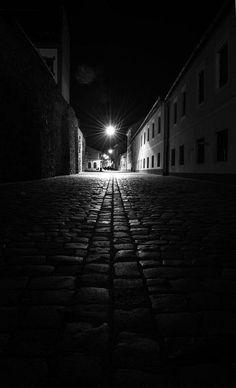 25 Black And White Dark Lighting Photography Ideas