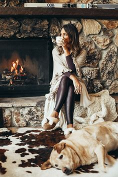 Sharing a cozy mountain outfit that I'll probably be repeating Thanksgiving weekend and why Ugg slippers are a must-have this time of year. Woods Photography, Photography Women, Fashion Photography, Travel Photography, Winter Cabin, Winter House, Cosy Winter, Stone Cabin, Cabin Fireplace