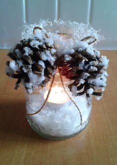 Jak vyrobit zasněžený svícen ze zavařovací sklenice Petra, Candle Holders, Candles, Handmade, Candlesticks, Hand Made, Craft, Candelabra, Candle