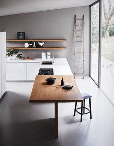 minimalist open space kitchen interior decor this is so sleek and chic I would be tempted to do the same in my kitchen area love the colour scheme too Кухонный гарнитур MAXIMA - COMPOSITION 3 by Cesar Arredamenti дизайн Gian Vittorio Plazzogna Küchen Design, House Design, Interior Architecture, Interior And Exterior, Sweet Home, Kitchen Dinning, Island Kitchen, Dining Area, Kitchen Decor