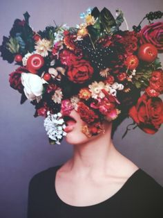 floral crown with lips