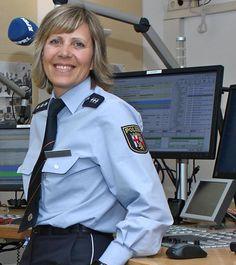 https://flic.kr/p/HjA7LK | Polizistin Rheinland-Pfalz
