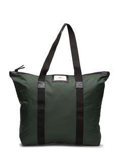 Klikk her for å se og kjøpe Day Birger et Mikkelsen Day Gweneth Bag (Precious) på Boozt.com - til 399 kr. Ny kolleksjon fra Day Birger et Mikkelsen! Rask levering, enkel retur og sikker betaling.