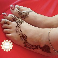 Mehndi – Tattoo & Wall Art – Willkommen bei Pin World Henna Hand Designs, Legs Mehndi Design, Modern Mehndi Designs, Arabic Mehndi Designs, Beautiful Henna Designs, Bridal Mehndi Designs, Mehndi Designs For Hands, Henna Tattoo Designs, Heena Design