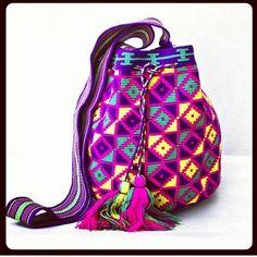 ESPECTACULAR MOCHILA WAYUU #wayuu #mochilas #cartera #bolsos #diseño #moda