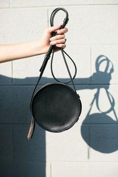 Sara Barner - Black Circle Bag   BONA DRAG   @andwhatelse