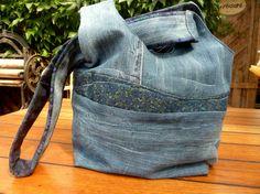 In Teil 1 unserer Artikelreihe zum Jeans-Recycling nähen wir eine japanische Knotentasche. Mit gratis Schnittmuster. Machen Sie mit?