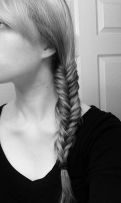 figure out how to fishtail braid