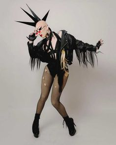 Proof that Sasha Velour was one of the best dressed queens in Drag Race Herstory (PICS) – SYD CITY Valentina Rupaul Drag Race, Valentina Drag, Drag Queens, Drag Queen Costumes, Drag Queen Outfits, Rupaul Drag Queen, Photographie Portrait Inspiration, Violet Chachki, Adore Delano