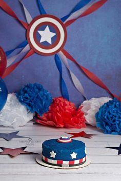 Captain america smash cake More