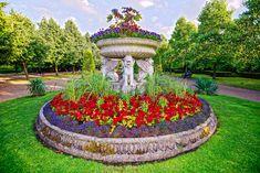 Tourism London, Park Avenue, Park City, Fountain, Landscaping, Sunshine, Garden, Outdoor Decor, Summer