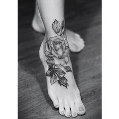 #tattoo#tattoos#foottattoo#smalltattoos#girlstattoos