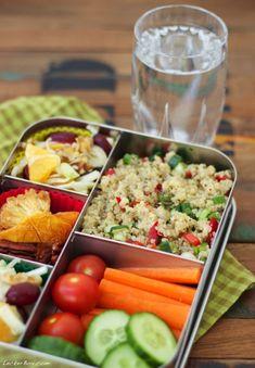 """LeckerBox #91: """"LunchBots Bento Cinco"""" bunt gefüllt mit vielen Leckereien…"""