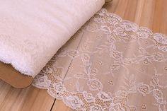 Δαντέλα LCY6127W  Δαντέλα, πλάτους 18cm σε χρώμα λευκό. Εξαιρετική ποιότητα και κομψό, διακριτικό σχέδιο για όμορφα δεσίματα. Δώστε ένα ρομαντικό, vintage ύφος στις δημιουργίες σας. Ιδανική για να δέσετε μπομπονιέρες, προσκλητήρια, μαρτυρικά, λαμπάδες γάμου και βάπτισης, κουτιά βάπτισης και λαδοσέτ. Χρησιμοποιήστε την ακόμα για διάφορες χειροτεχνίες και κατασκευές. Lace Shorts, Vintage, Women, Fashion, Moda, Fashion Styles, Vintage Comics, Fashion Illustrations, Woman