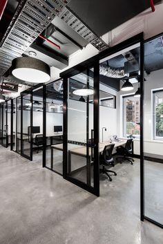 5 Hottest Office Design Trends of 2019 - office architecture Industrial Office Space, Cool Office Space, Office Space Design, Modern Office Design, Workspace Design, Office Interior Design, The Office, Office Designs, Corporate Office Design