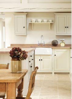 Mesmerizing Examples Of Country Kitchen Decor Ideas Home SNS Modern Country Kitchens, Country Kitchen Designs, Farmhouse Kitchen Decor, Home Decor Kitchen, Kitchen Interior, New Kitchen, Kitchen Country, English Kitchens, Kitchen Furniture
